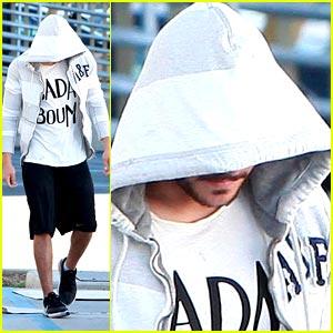 Zac Efron is Hoodie Hidden