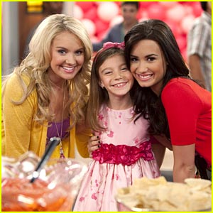 G Hannelius: Pink Party with Demi Lovato!