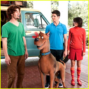 Robbie Amell & Hayley Kiyoko: Scooby Doo & Curse of the Lake Monster -- FIRST LOOK!