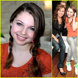 Sammi Hanratty: Kinect Launch with Amber Lily!