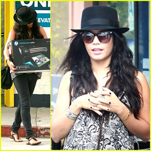 Vanessa Hudgens is Printer Pretty