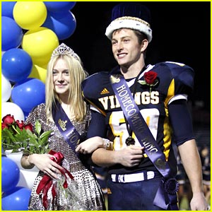 Dakota Fanning: Homecoming Queen!