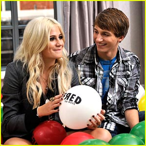 Pixie Lott & Lucas Cruikshank: Fred Friends