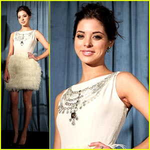 Gia Mantegna: Miss Golden Globe 2011!