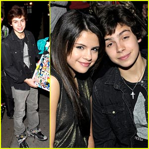 Jake T. Austin: Beacher's Madhouse Birthday Party!