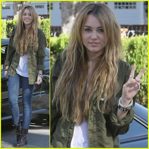Miley Cyrus: Peace, Y'All!