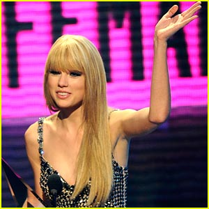 Taylor Swift: Staples Center Sells Out in 2 Minutes!