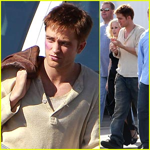 Robert Pattinson: 'Water For Elephants' Re-Shoots!