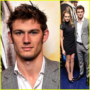 Alex Pettyfer & Teresa Palmer: Four and Six in London!