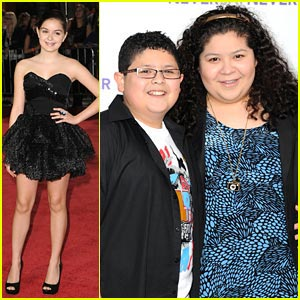Rico Rodriguez &#038; Ariel Winter 'Never Say Never'