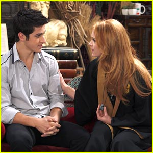 David Henrie & Leven Rambin: Roses are Red...