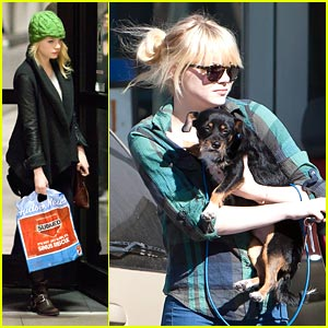 Emma Stone Picks Up Her Pup
