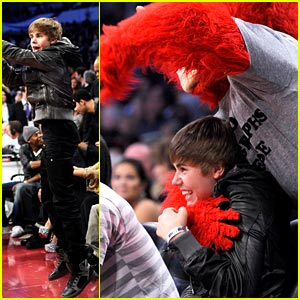 Justin Bieber: NBA All-Star Game Guy!