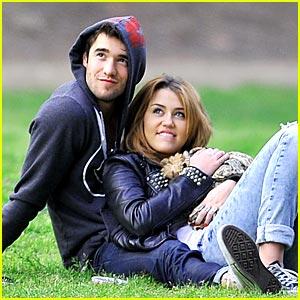 Miley Cyrus & Joshua Bowman: Park Pair