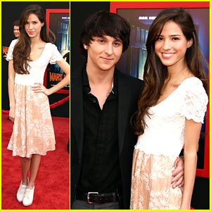 Kelsey Chow & Mitchel Musso 'Need Moms'