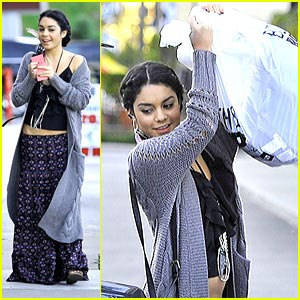 Vanessa Hudgens Benches Bed, Bath and Beyond Bags
