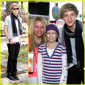 Cody Simpson Celebrates Easter at Children's Hospital Boston