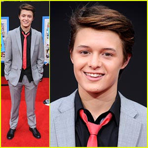 Nolan Sotillo For Prom King!