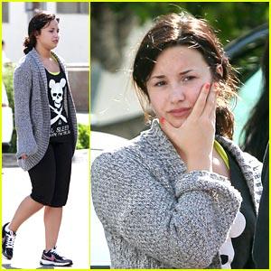 Demi Lovato: Fender Bender Bummer
