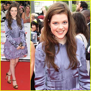 Georgie Henley: 'Narnia' WINS Crystal Seal Dove Award