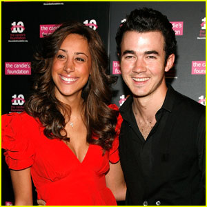 Kevin &#038; Danielle Jonas: Candie's Couple
