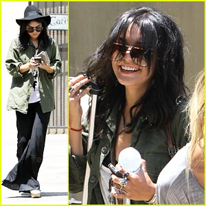 Vanessa Hudgens: LAX After Lunch