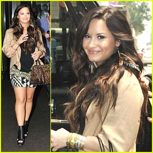 Demi Lovato: Manhattan Meetings