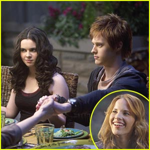 Vanessa Marano & Lucas Grabeel: Feast with the Family