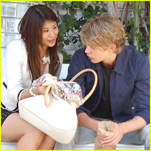 Yin Chang &#038; Austin Butler: 'Bling Ring' in Beverly Hills
