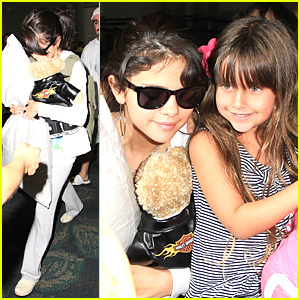 Selena Gomez: Miami Airport Arrival