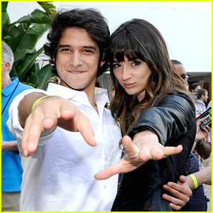 Tyler Posey & Crystal Reed: Teen Wolf TCA Cocktail Party!