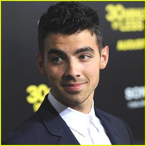 Joe Jonas To Perform at mtvU VMA Benefit Concert!
