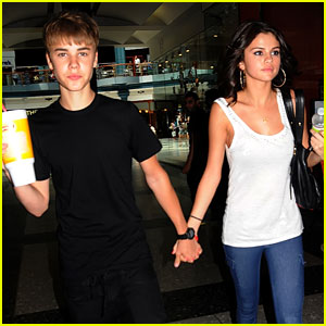 Selena Gomez & Justin Bieber: Smoothie King Sweeties!
