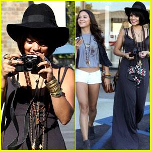 Vanessa Hudgens & Stella: Camera Cuties!