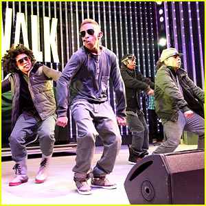 Mindless Behavior Hits Hard Rock Cafe
