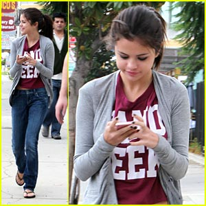 Selena Gomez: Staples Center Date with Justin Bieber!