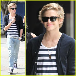 Cody Simpson Shows His Sydney Stripes