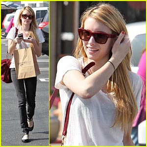 Emma Roberts: 'I Wear My Mulberry Bag To Death'