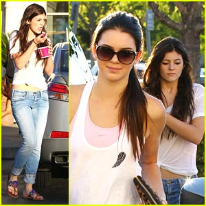 Kendall & Kylie Jenner: Sunday's Sweet Treats