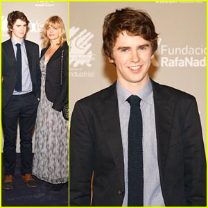 Freddie Highmore couple