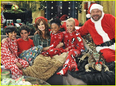 Christmas on Debby Ryan  Jessie   S Christmas Story    Cameron Boyce  Debby Ryan