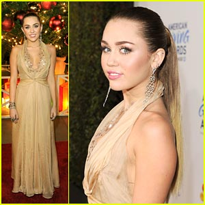 Miley Cyrus - American Giving Awards 2011