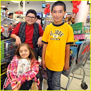 Rico Rodriguez: Fab 15 Shopping Spree!