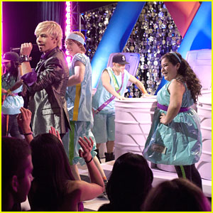 Ross Lynch Takes a 'Double Take'