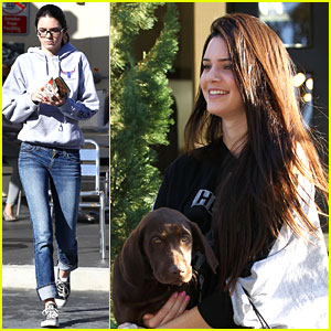 Kendall Jenner: Dog & Dash!