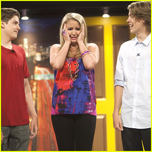 Dylan & Cole Sprouse Get 'Random' with Tiffany Thornton