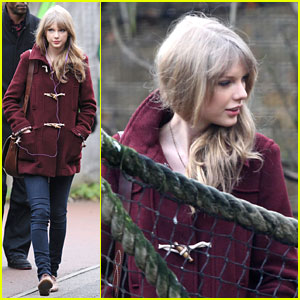 Taylor Swift: London Zoo Lady