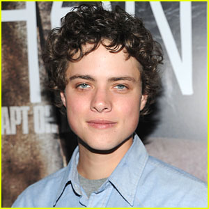 'Percy Jackson' Casts Douglas Smith for 'Sea of Monsters'