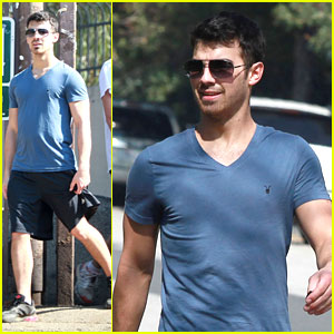 Joe Jonas Hikes in Hollywood