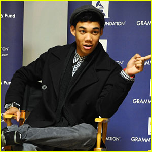 Roshon Fegan: 'Top Of The World' Snippet!